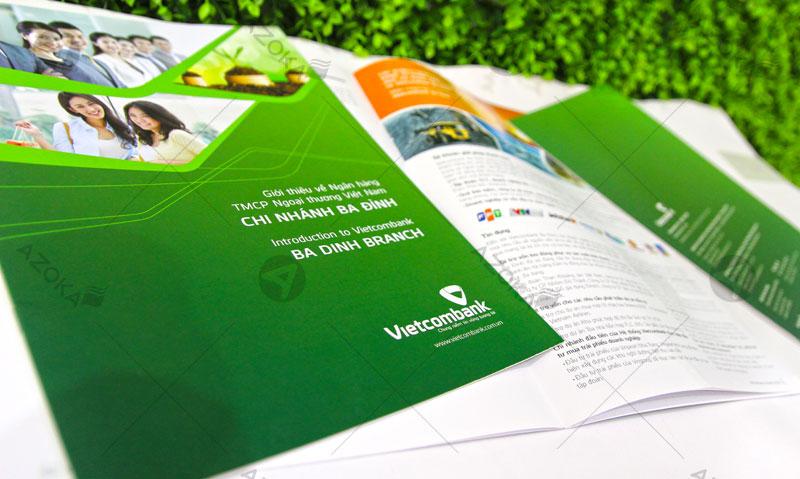 Mẫu catalogue khổ A5 của Vietcombank do Azoka thực hiện